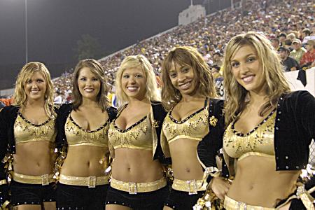 Saints Cheerleaders - Saintsations - New Orleans Cheerleaders