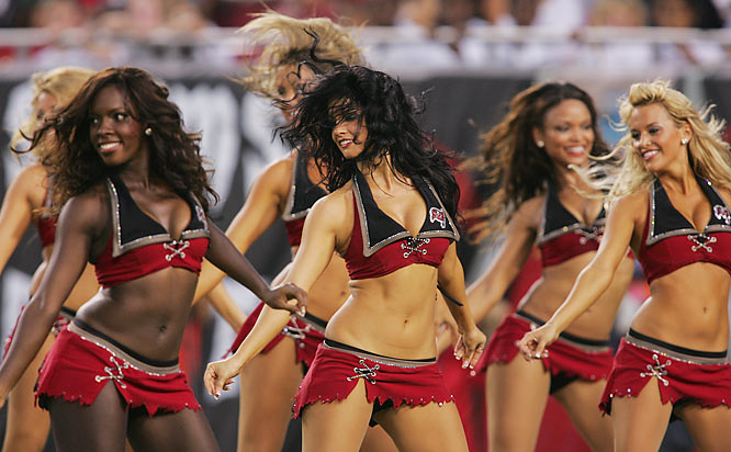 Buccaneers Cheerleaders - Tampa Bay Bucs Cheerleaders